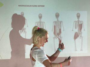 Stabilizacija kralježnice – jedna tema, dvije perspektive, tri predavačice
